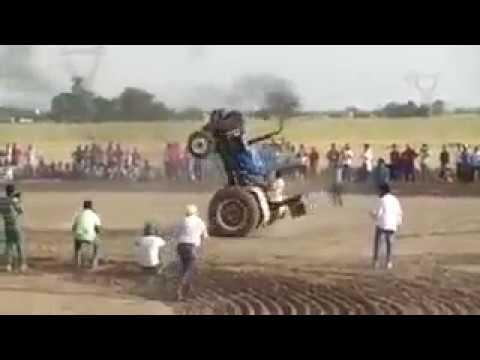 2 पहिए पर चलाया ट्रैक्टर Run Tractors on two wheels only
