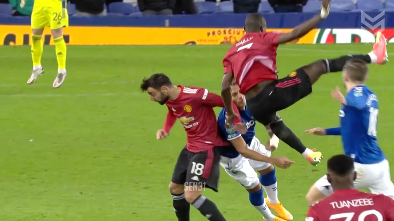 Horror Fights & Red Cards Moments in Football #2