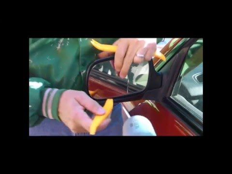 Replacing a Subaru Forester Side Mirror Glass Using a Hair Dryer- Quick and Easy