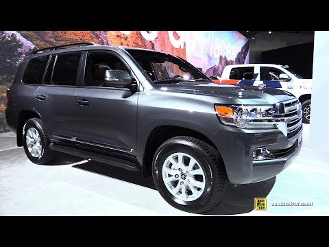 2018 Toyota Land Cruiser - Exterior and Interior Walkaround - 2017 LA Auto Show