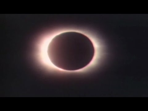 Feb. 26, 1979: Total solar eclipse turns day into night in Brandon, Man.