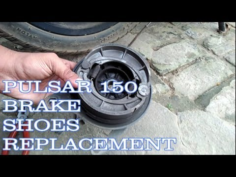 HOW TO REPLACE DRUM BRAKE SHOES OF PULSAR 150 (IN HINDI)