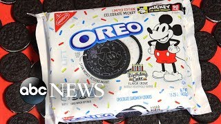 New birthday cake-flavored Oreos celebrate Mickey Mouse