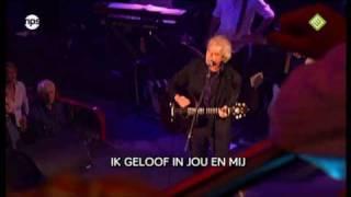 Boudewijn de Groot - Avond (met lyrics) - Top 2000 In Concert 2009