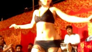 Hot Item Dancer in Bhojpuri Stage Arkestra Show in Bihar
