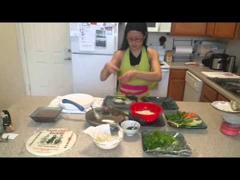 How to make fresh spring rolls with ground pork.