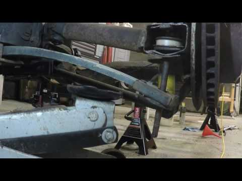 C3 rear spring removal