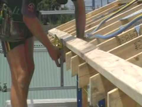 How to Install Metal Fascia and Guttering metalroofingonline.com.au 1/5