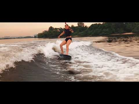 SURFING IN SINGAPORE   CINEMATIC iPhone