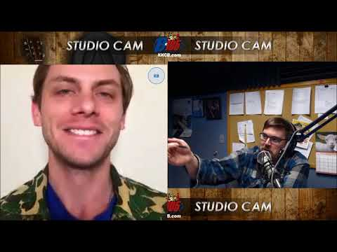 B105 Interviews Charlie Berens From Manitowoc Minute
