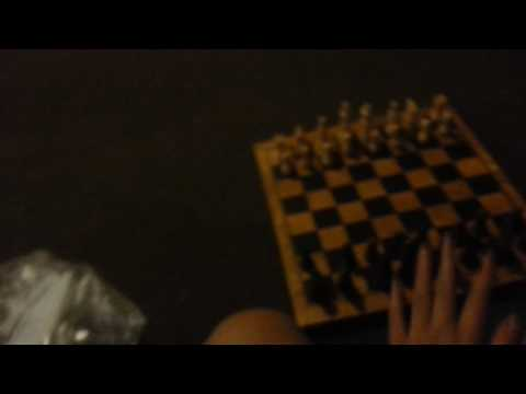 HOW IT FEELS TO PLAY CHESS BY YOURSELF