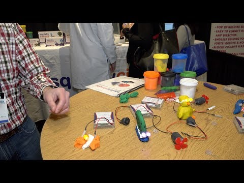 Toy Fair 2018: Squishy Circuits