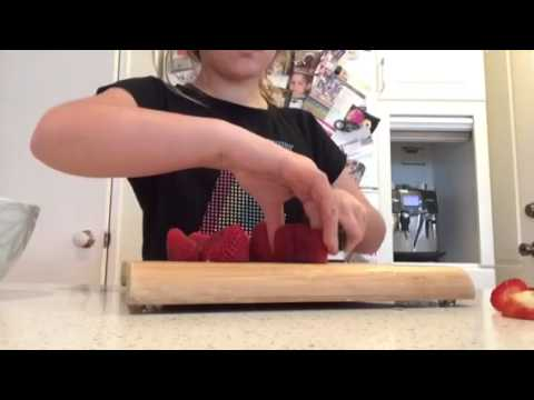 How-to make strawberries and sugar
