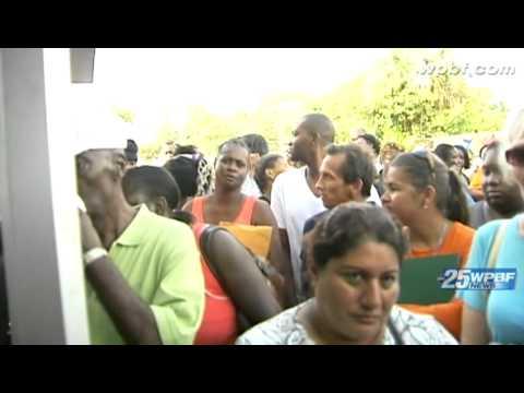 Hundreds line up for utility bill assistance