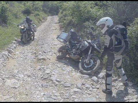 Auf zwei Rädern durch Albaniens Berge (2 Tage Theth zu Land (und aus der Luft mit DJI Mavic Pro))
