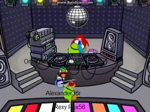 Club Penguin-Everybody Dance Now