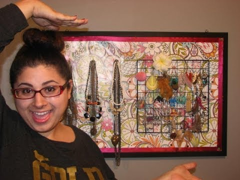 DIY Jewelry Holder!! Cheap and EASY!
