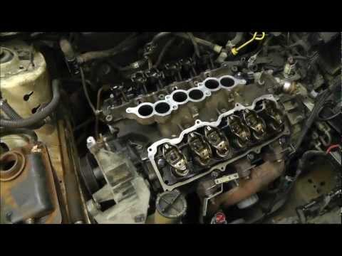 Replacing Head Gaskets On A Ford Taurus 3.0L V6 OHV Engine. With Time Lapse. RWGresearch.com