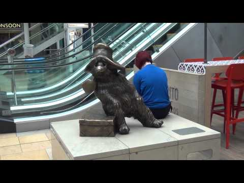 Carey Family Tree-Statue of Paddington Bear in Paddington Station in London, England.