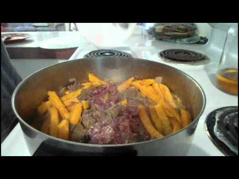 cooking ground deer meat curry