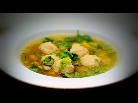 Chinese Chicken Meatball Soup (Chinese Style Cooking Recipe)