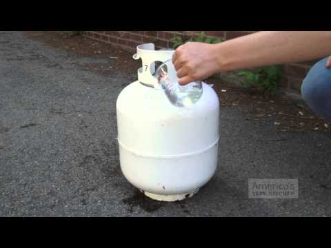 Super Quick Video Tips: Easiest Way to Measure Gas Level in Your Grill's Propane Tank