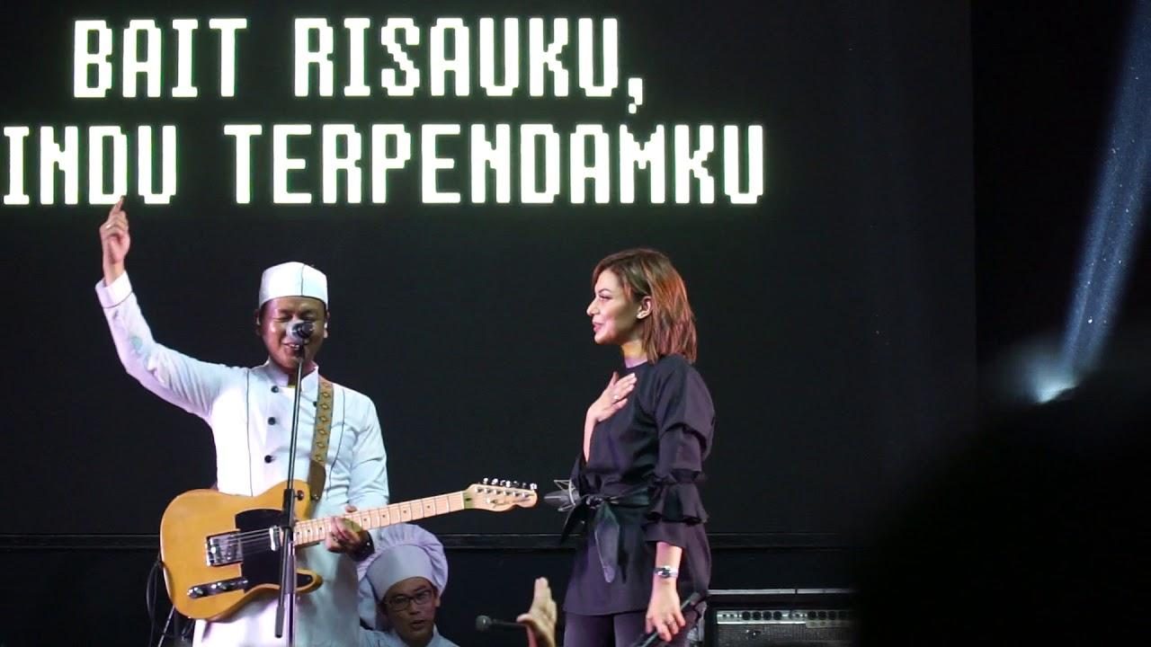 Download Live Efek Rumah Kaca feat Najwa Shihab-Seperti Rahim Ibu | at tiba-tiba suddenly rekaman MP3 Gratis