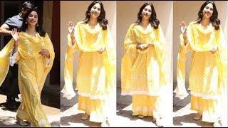 8ea3687239 Jhanvi Kapoor Looks Gorgeous in Yellow Salwar Suit for Kathak Classes