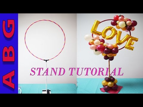 DIY Organic Balloon STAND tutorial for arches, centerpieces and photo booth opportunities