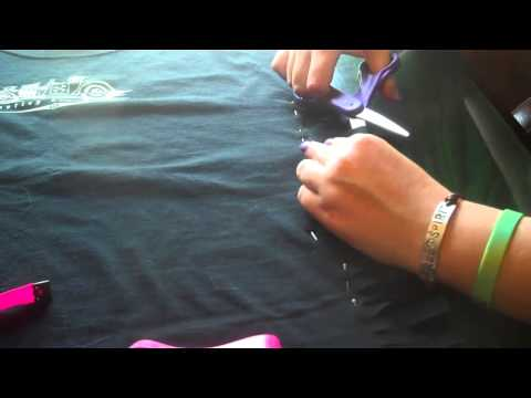 T-shirt Reconstruction Tutorial #1 - No-Sew Altering