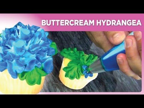 Buttercream Hydrangea by www.sweetwise.com