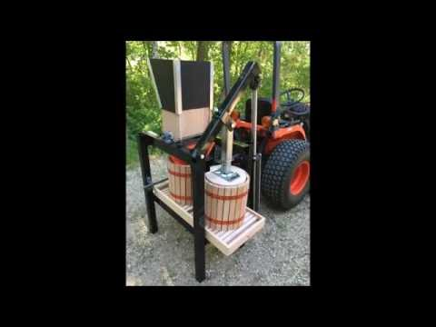 PTO powered Apple scratter and hydraulic fruit press for tractor