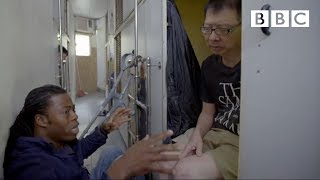 People living in tiny spaces - Hong Kong: World
