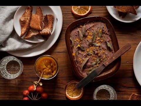 CHICKEN LIVER PATE WITH CARAMELISED ONIONS