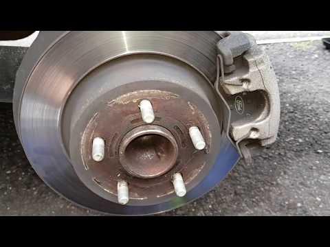 Ford Kuga Brake Pad Replacement 2014 MKII
