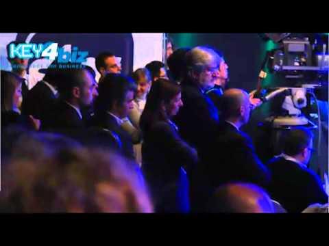 Rivoluzione mobile in casa Sky: la tivù su tablet e cellulari. Il reportage video su Sky Go