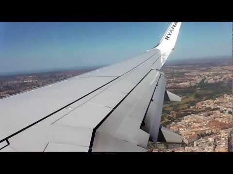 Ryanair flight FR3002 to Rome Ciampino approach & landing