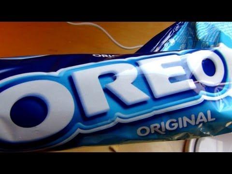 Oreo Vanilla Ice Cream Milkshake [JFT Blender Action]