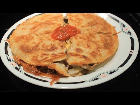 Low Carb Beef Fajita Quesadilla ~ Easy ~ Yumm!