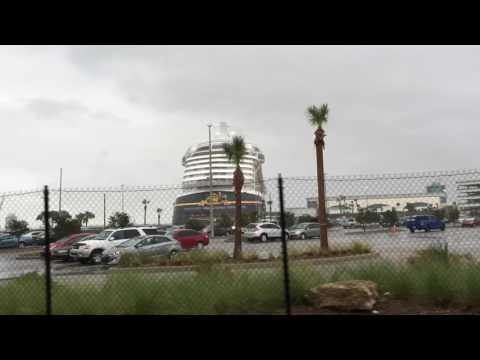 Shuttle Service from Orlando FL to Port Canaveral. Cape Canaveral Florida. Taxitransportation.com