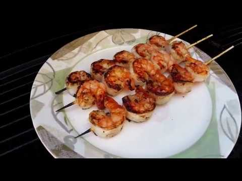 How-to grill shrimp on the outdoor grill using wooden skewers.