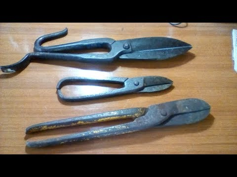 Restoration old metal sheet cutter rust removal