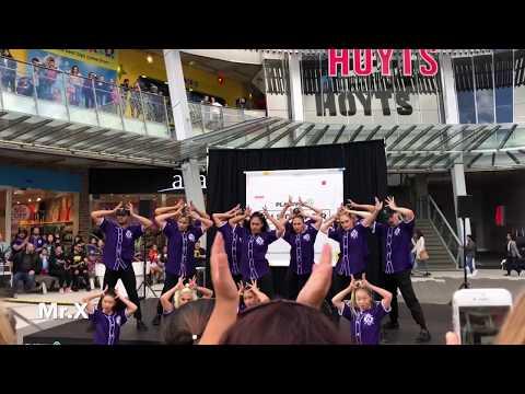 Royal Family Dance Crew Performance 2018 HD @Sylvia Park