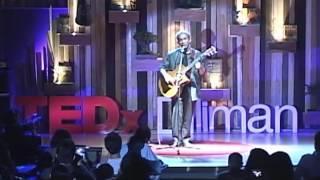 How Lupang Hinirang ought to be sung: Joey Ayala at TEDxDiliman