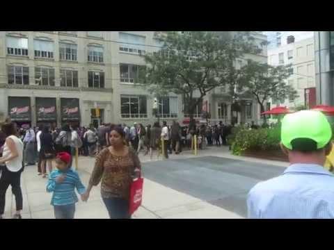 MEETING CELEBRITIES & TIFF PARTY| Toronto Vlog 41