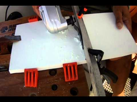CUTTING STAR BOARD WITH AN OSCILLATING MULTITOOL