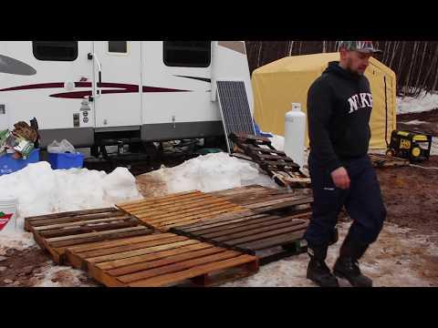 Off Grid Pallet Deck Build