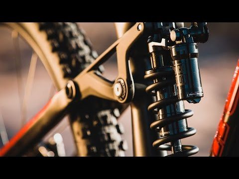 RockShox Super Deluxe - The Revolution Continues