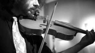 Andrea Di Cesare Duo2 - THE SUN - Electric violin Pop/Rock - Official Video + Loopstation Pedal