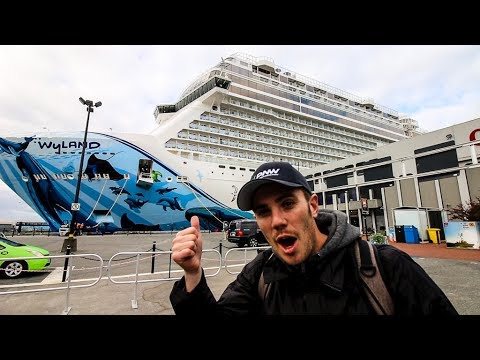 LARGEST CRUISE SHIP EVER | To Dock in Victoria BC